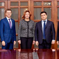 Українців за кордоном захищатимуть вітчизняні адвокати.