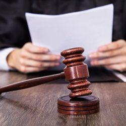 Приватизований суд, або Довічно-обвинувачений...