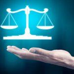 Несумірність витрат на адвоката має довести інша сторона, а не суд