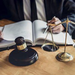 Моментом відліку строку на апеляційне оскарження є дата отримання судового рішення рекомендованим листом з повідомленням про вручення